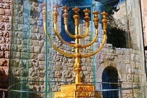 http://www.chamada.com.br/assets/images/artigos/terceiro_templo01.jpg